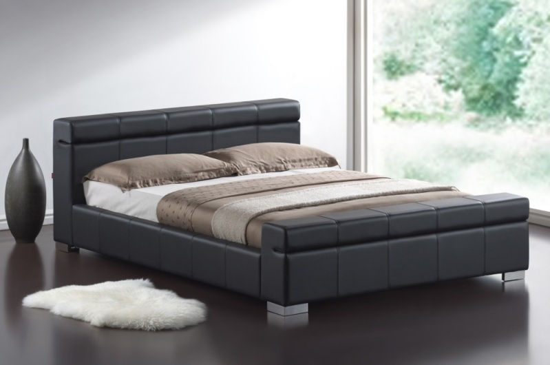 Black Leather Bed 799 x 530